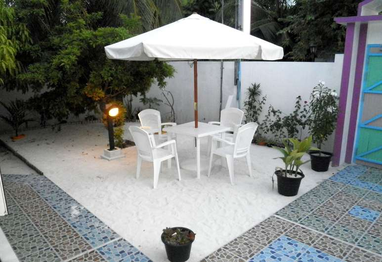 Azoush Tourist Guest House